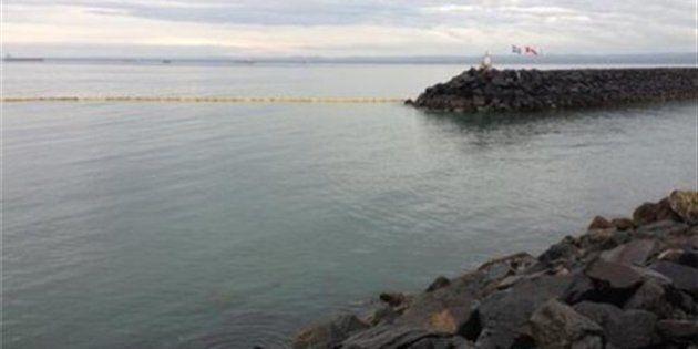 Déversement à Sept-îles : du mazout au Vieux Quai et à la