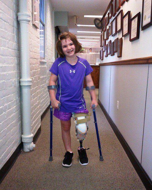 Quatre mois après l'attentat de Boston, Jane Richard, 7 ans, retrouve le sourire