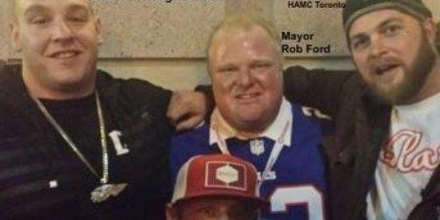 Rob Ford pris en photo avec des membres des Hells