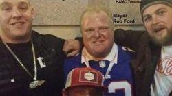 Rob Ford pris en photo avec des Hells