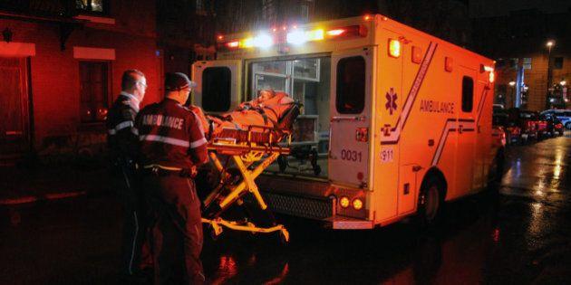 Une intervention policière du SPVM tourne mal sur la rue Saint-André à Montréal: un homme est
