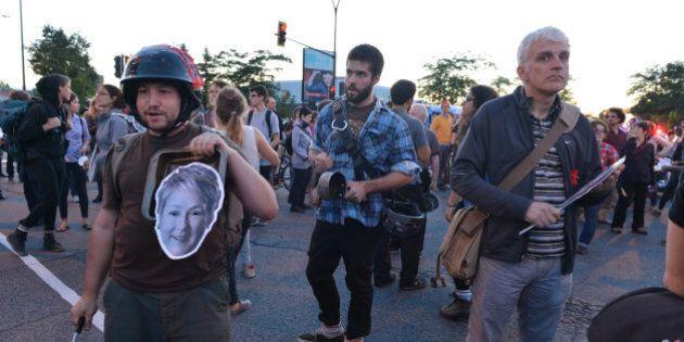 Casseroles à Montréal: quelques centaines de manifestants dénoncent le gouvernement