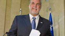 Le chef du PLQ, Philippe Couillard, se porte candidat dans Outremont