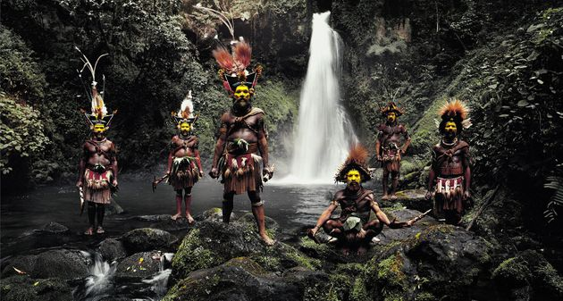De magnifiques photos du bout du monde capturent la beauté des dernières tribus