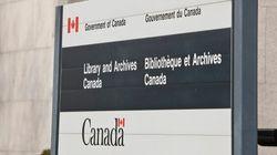 Le chef de Bibliothèque et Archives Canada se paie des cours