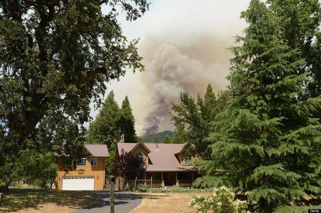 Les pompiers font état de progrès face à l'incendie de Yosemite