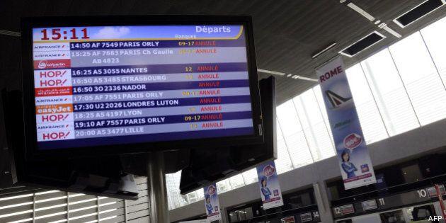 Grève des contrôleurs aériens en France :