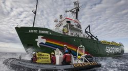 Greenpeace défie les autorités