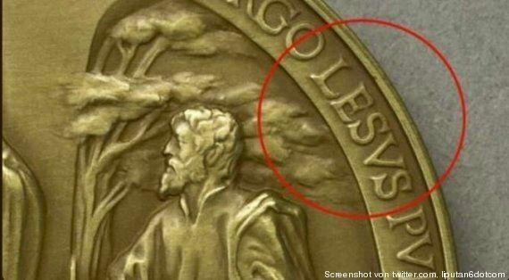 Jésus devient Lésus sur une pièce de monnaie du Vatican pour le premier anniversaire du Pape