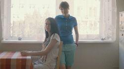 Des couples lesbiens posent dans la Russie anti-gais de Poutine