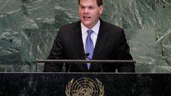 Le ministre John Baird met en garde contre l'offensive de charme de