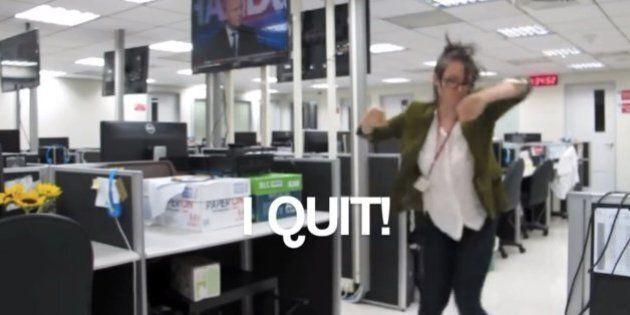 Elle démissionne en dansant à 4 heures du matin dans son bureau