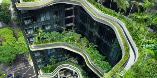 Hôtel insolite: découvrez le Parkroyal on Pickering de Singapour et ses étonnants jardins en spirales
