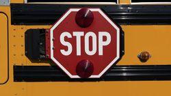 Un autre enfant abandonné par un chauffeur d'autobus