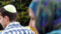 Désormais, portons la kipa, le hijab ou le