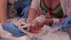 L'émouvante vidéo de la première année d'un bébé prématuré de 1,5 livre