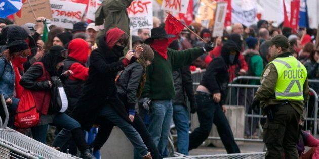 Émeute à Victoriaville: la SQ a sous-évalué le risque de débordements, selon une