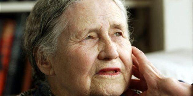 Décès de la romancière britannique Doris Lessing, prix Nobel de littérature en