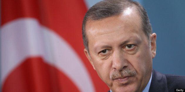 Erdogan se dit ouvert aux «exigences démocratiques», rejette les actions