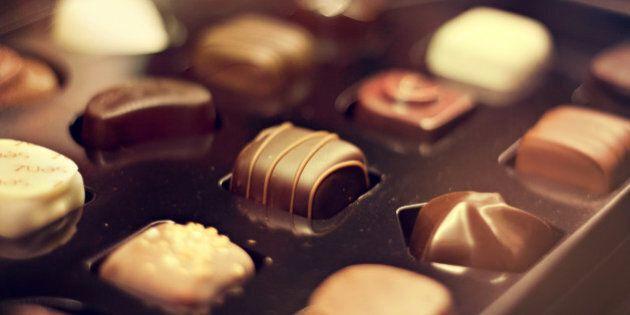 Manger du chocolat ne fait pas engraisser, affirment des