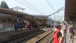 Au moins six morts après le déraillement d'un train en