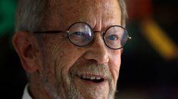 Le romancier Elmore Leonard se remet d'une crise