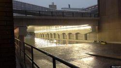 Coupures d'électricité et inondations à Toronto après une tempête