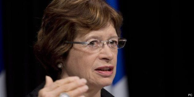 Taxe scolaire: libéraux et caquistes en furie contre la ministre