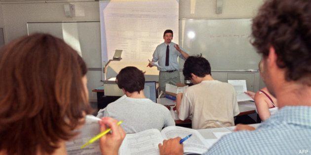 La France veut permettre à ses universités d'offrir des cours en