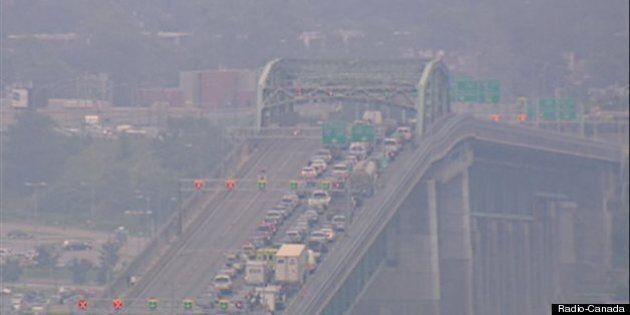 Le pont Jacques-Cartier fermé après un accident important : toutes les voies ont été