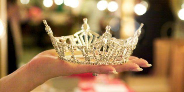 Le concours de mini-miss prévu à Laval est