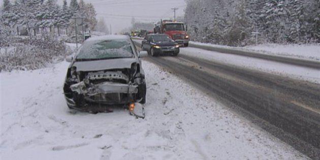 Une première neige cause quelques inconvénients dans la région de