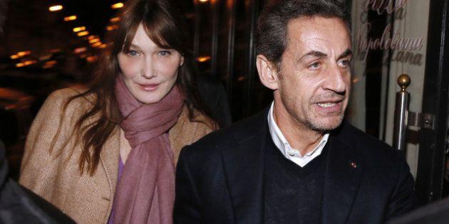 Pour Nicolas Sarkozy, Carla Bruni a été «interdite de chanter pendant cinq ans»... Il n'a pas dû bien