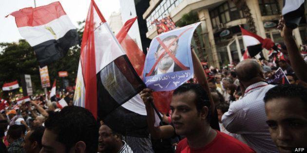 Égypte: quatre ministres démissionnent du