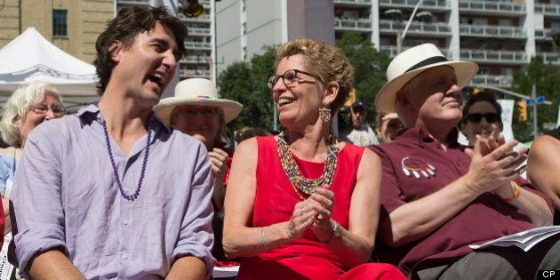 Kathleen Wynne, Thomas Mulcair et Justin Trudeau à la Fierté gaie de Toronto