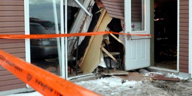 Princeville: une voiture fonce dans un restaurant et tue une cliente