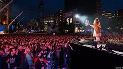 25 ans, 25 artistes, 25 chansons: immense « karaoké » à la place des Festivals