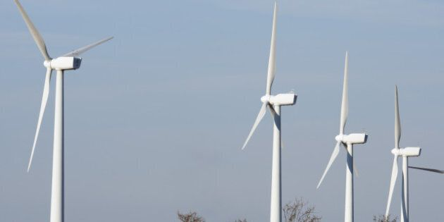 aligned windmills for renowable ...