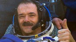Stephen Harper rend hommage à l'astronaute Chris
