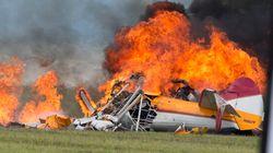L'explosion d'un avion à un spectacle aérien fait deux morts dans