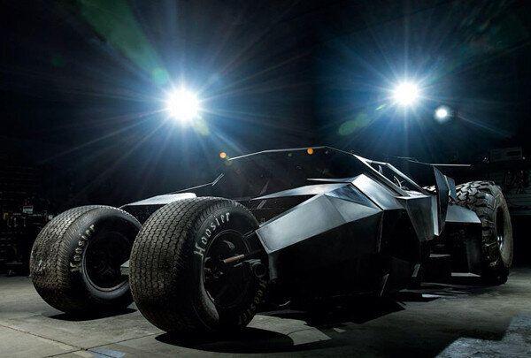 Une vraie Batmobile: le projet fou d'une équipe de mécaniciens passionnés