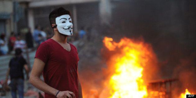 Les manifestants en Turquie se protègent de façon