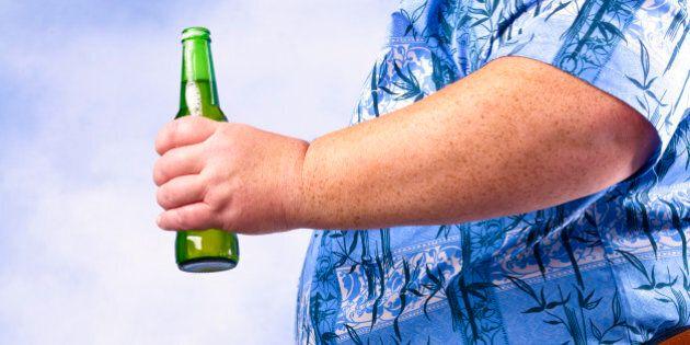 Le ventre de cet homme produit de l'alcool tout