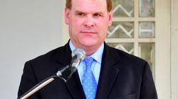Le ministre John Baird prend ses distances de