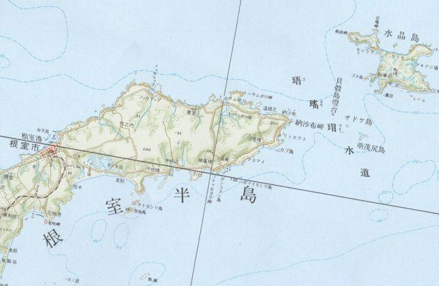 国土地理院の地図「北方四島」より。納沙布岬と水晶島の間に「貝殻島灯台」の記載がある。