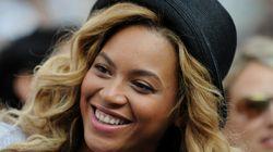 Beyoncé dévoile ses (faux) seins