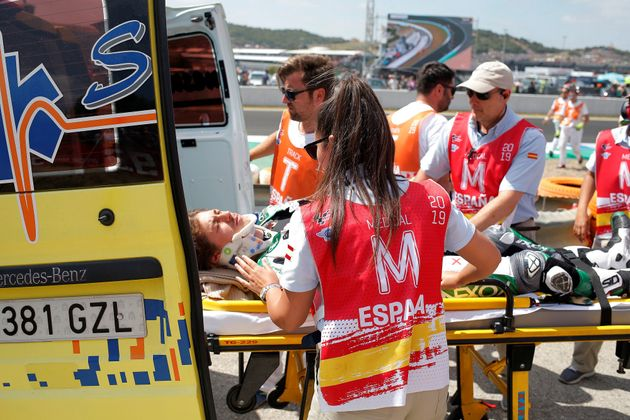 Susto en el GP de Jerez con un grave accidente múltiple en la salida de