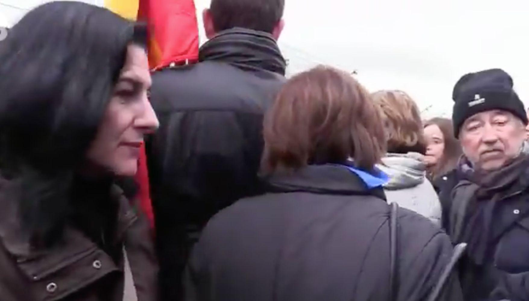 La ministra Dolores Delgado abandona un acto en Mauthausen por una alusión a