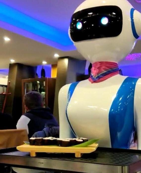 A Rapallo, robot al posto di camerieri