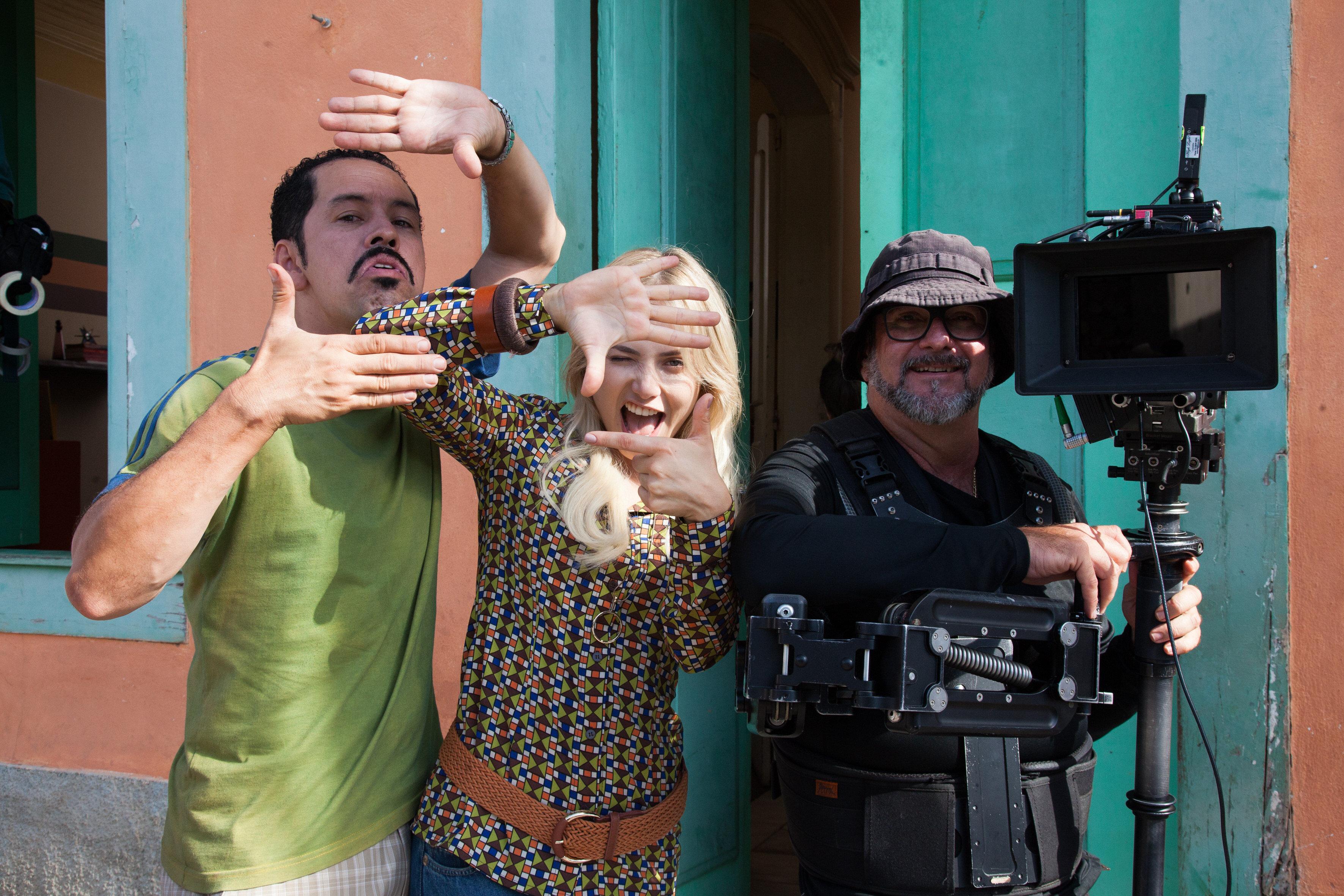 Da telona para a telinha: Série baseada no filme 'Cine Holliúdy' estreia na